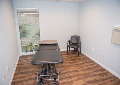 Physical Therapy clinic in Bradenton private treatment room with hi-lo table