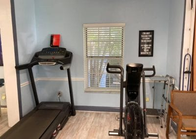 Physical Therapy clinic Punta Gorda Florida treadmill and exercise bike in treatment area